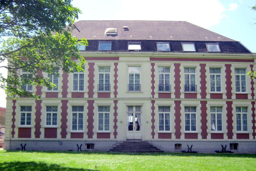 Château de Moulin le Comte - Gallery