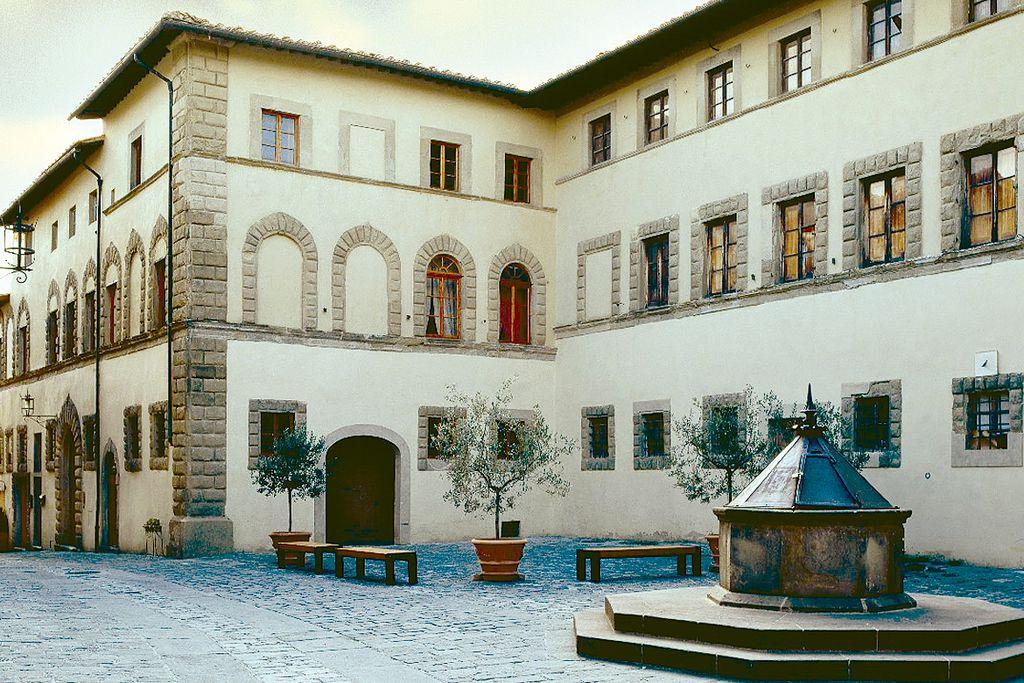 Palazzo Malaspina B&B gallery - Gallery