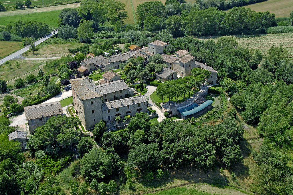 Castello Monticelli - Gallery