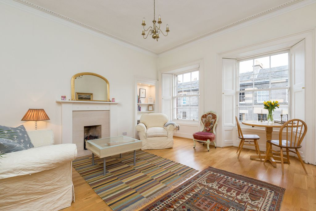 St Stephen Street Apartment - Gallery