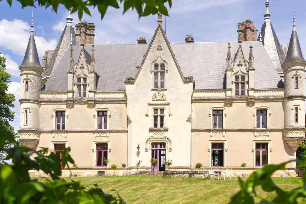 Chateau de Montreuil sur Loir - Gallery