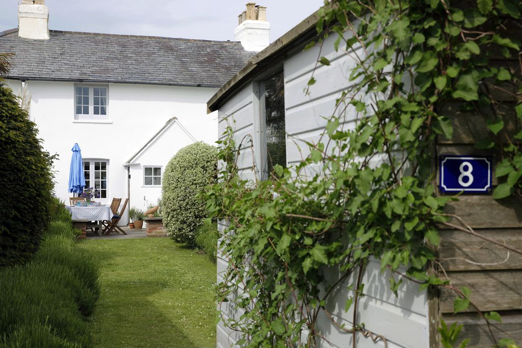 8 Coastguard Cottages - Gallery