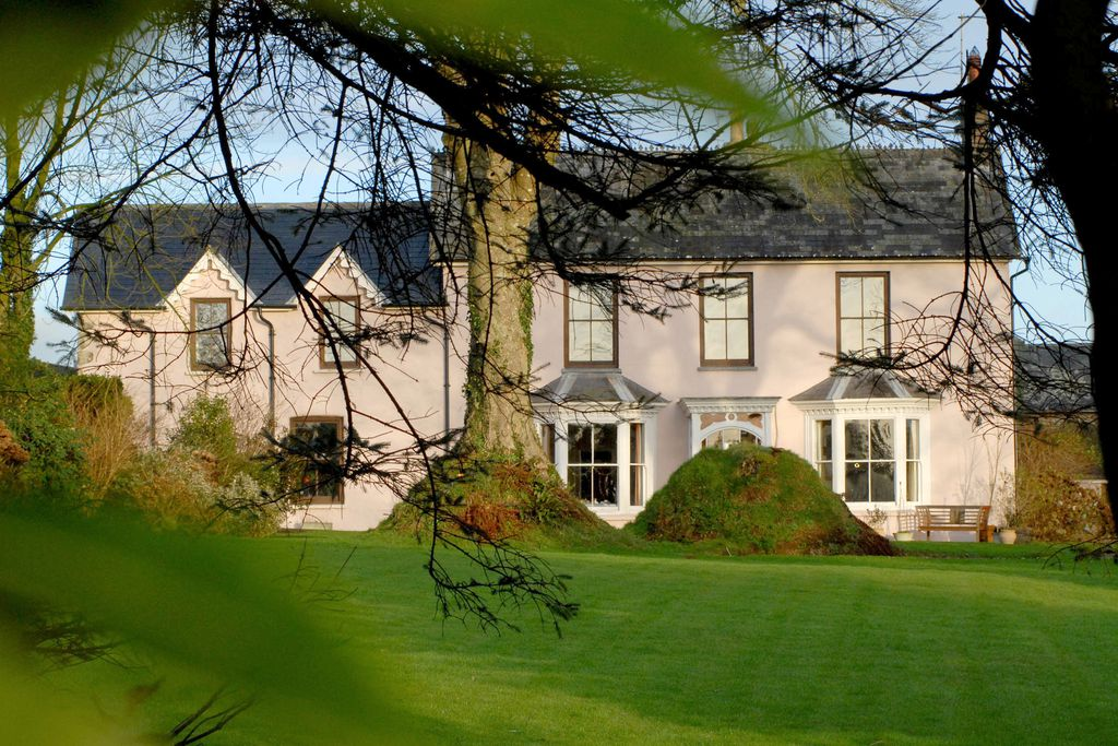 Cefn-y-Dre Country House - Gallery
