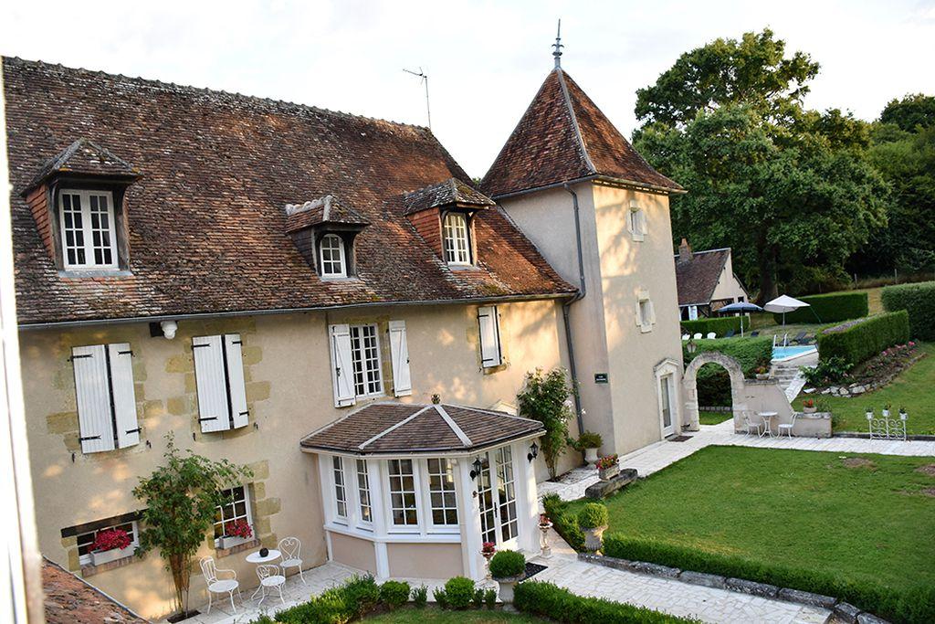 Le Petit Chateau De Sainte Colombe - Gallery