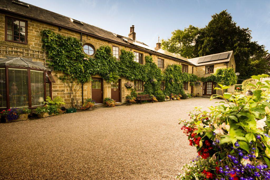 Underleigh House gallery - Gallery