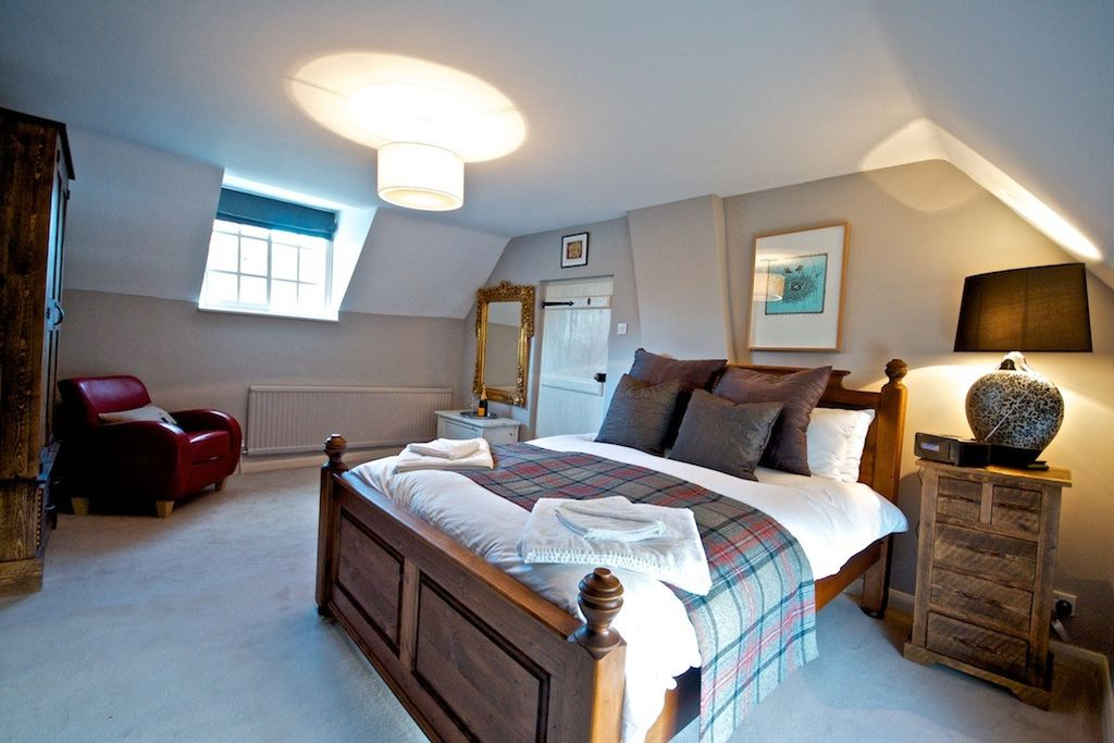 Yew Tree Cottage gallery - Gallery