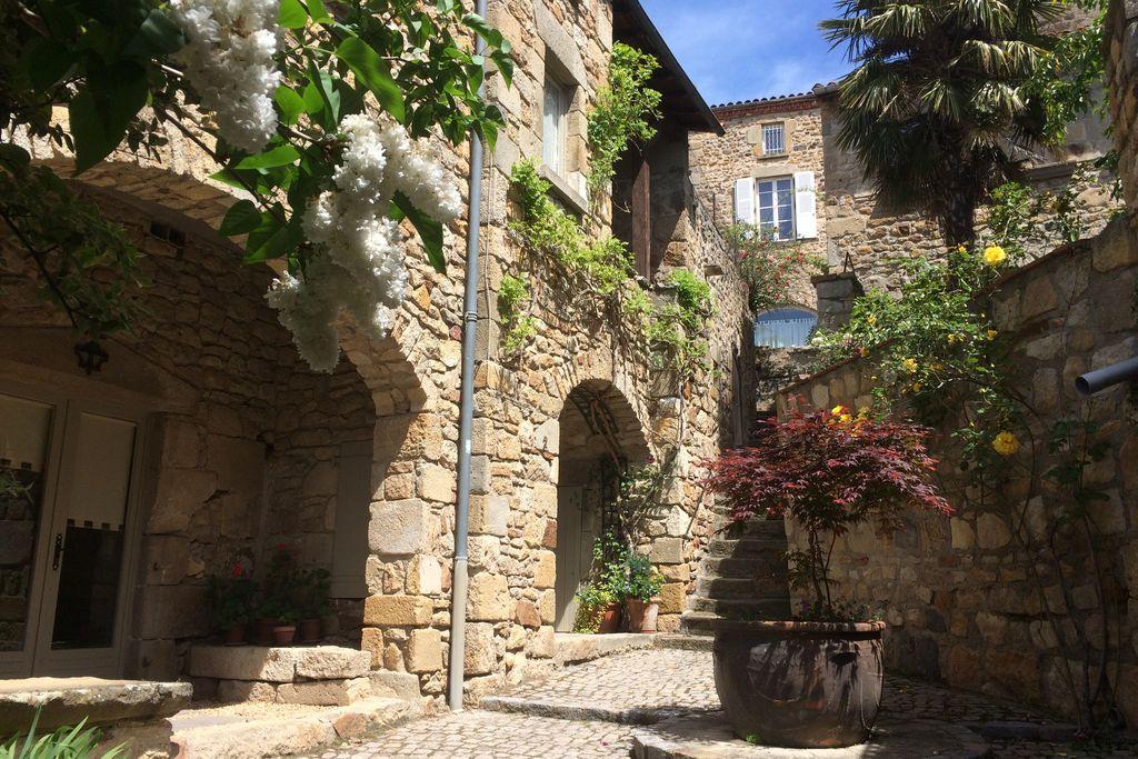 Chez Helen - Gallery
