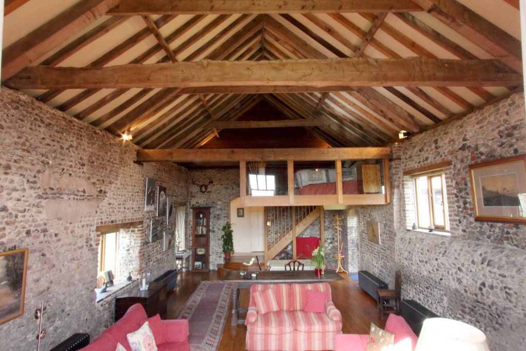 The Barn, Tudor Lodgings - Gallery