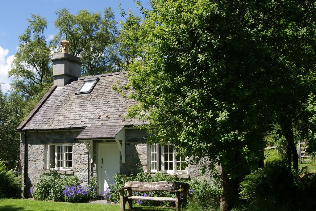 Pentop Cottage (Snowdonia) gallery - Gallery