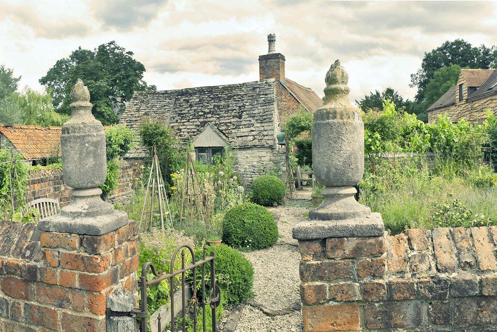 Long Barn Brandiers - Gallery