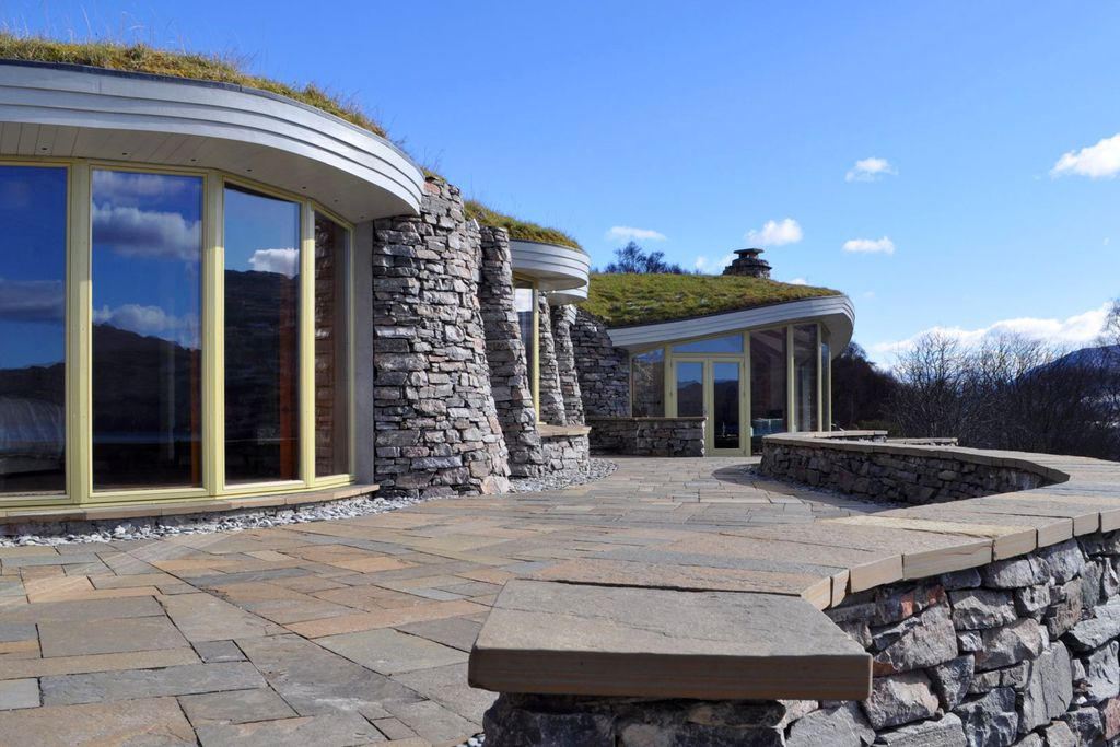 Curved Stone House gallery - Gallery