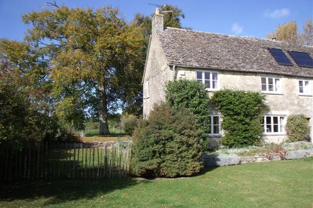 Abbey Home Farm: Lower Wiggold Cottage - Gallery