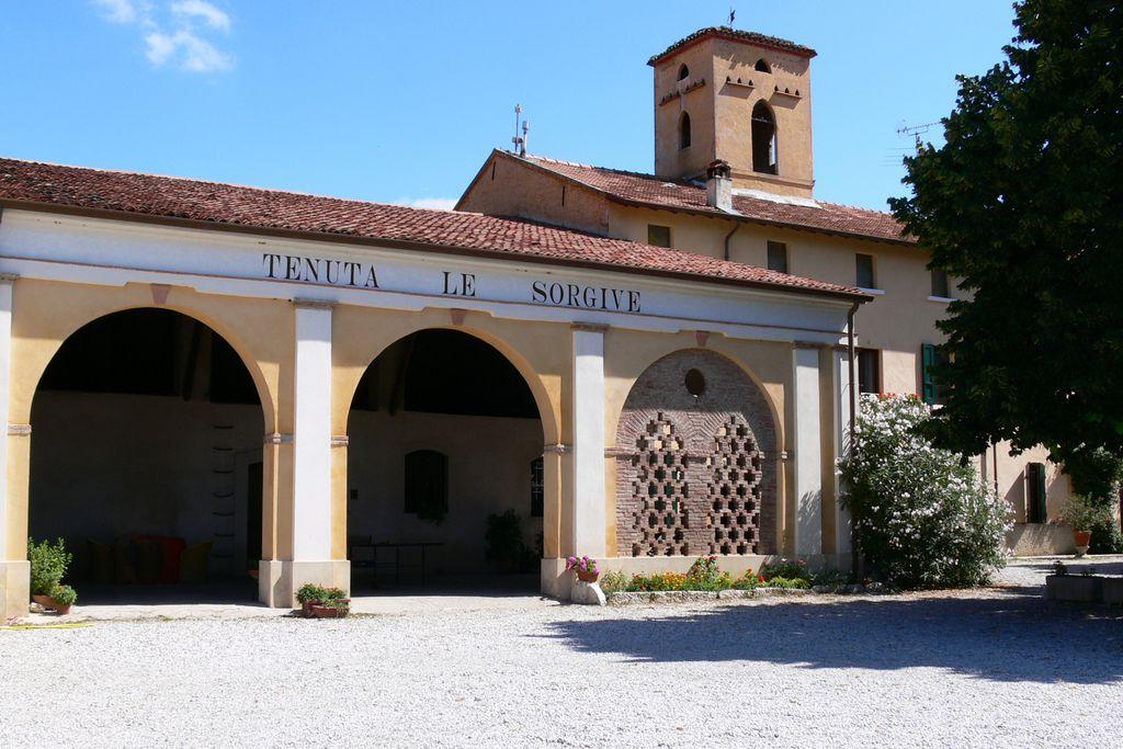 Tenuta Le Sorgive - Le Volpi Agriturismo - Gallery