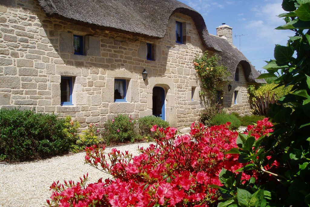 Brittany Thatched Cottages - Gallery