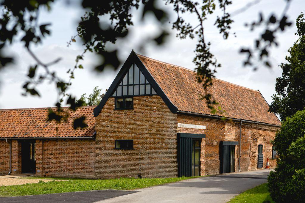 Trustans Barn - Gallery