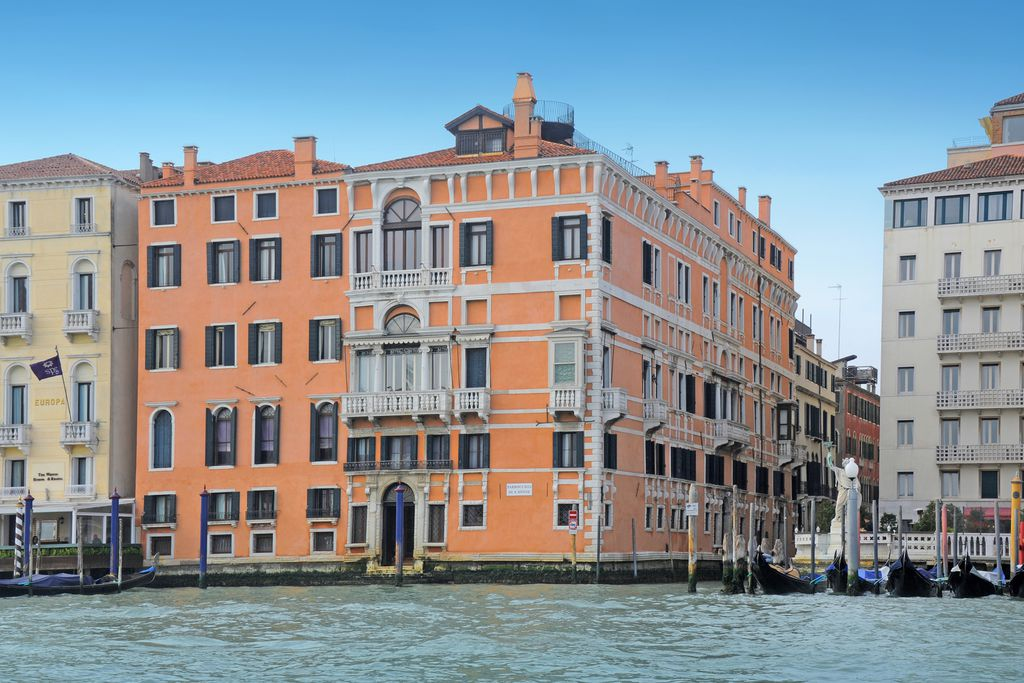 Apartments in Palazzo Ca'nova on the Grand Canal gallery - Gallery
