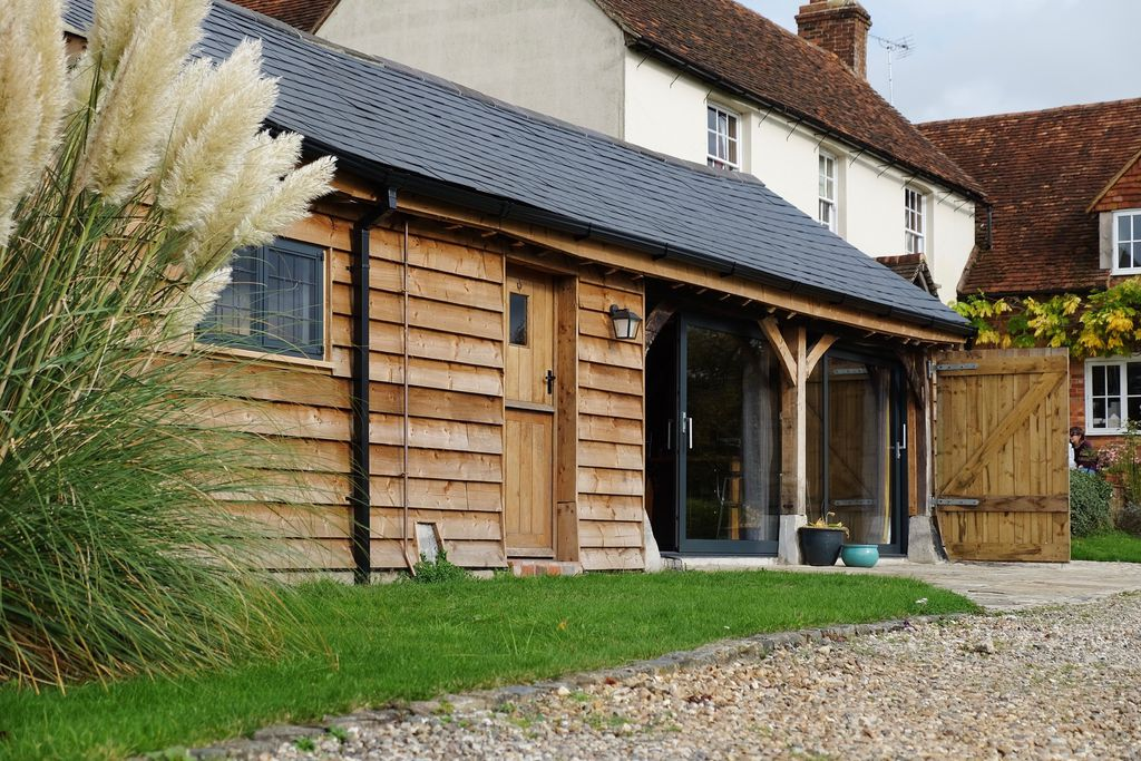the old barn self catering in buckinghamshire sawday s