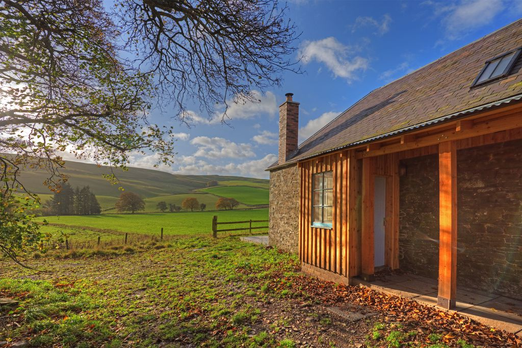 Laundry Cottage Scotland sitting in the rolling Scottish hills