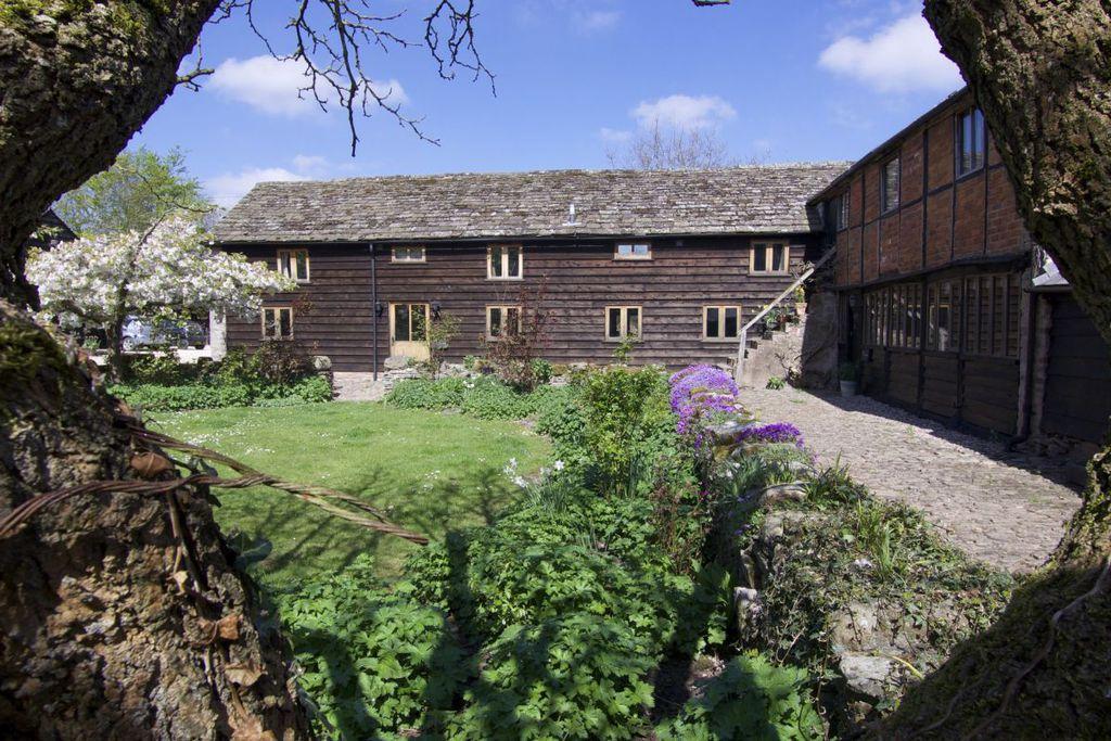Little Quebb Cottages - Gallery