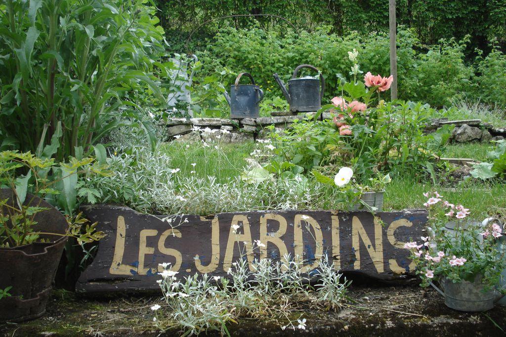 les jardins de brant me hotel in dordogne sawday 39 s. Black Bedroom Furniture Sets. Home Design Ideas