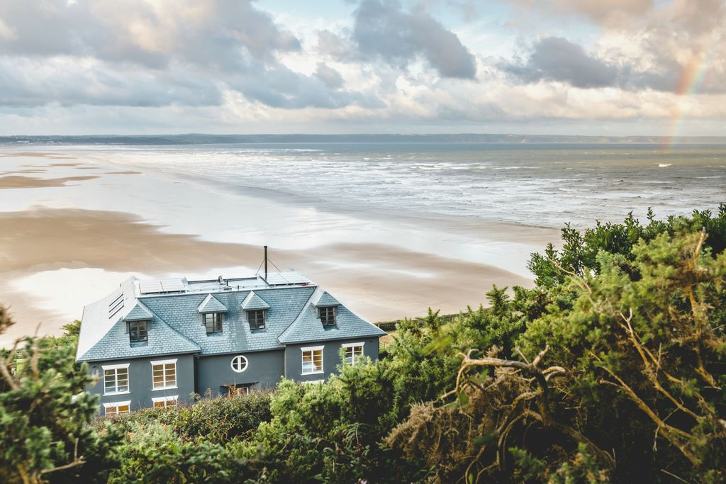 The stylish Chalet Saunton in Braunton, overlooking miles of sandy beach.