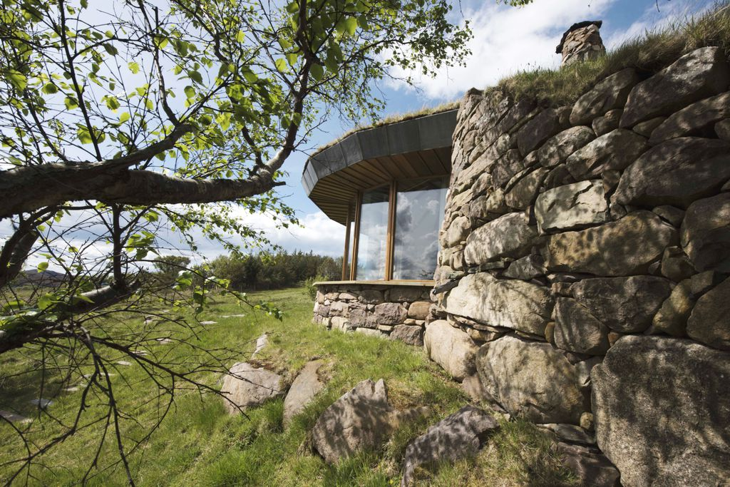 Gille Buidhe's Broch - Gallery