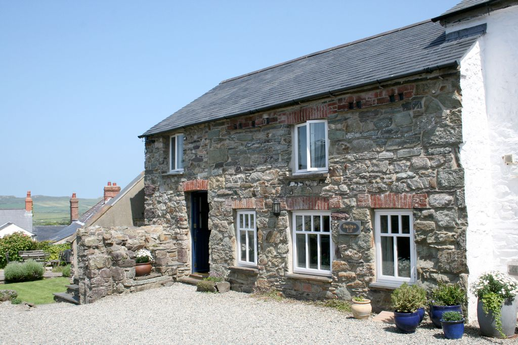 Stone exterior of Bwthyn Lil cottage in St David's, Pembrokeshire