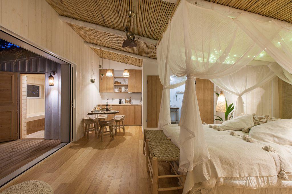 Pella roca cabane spa en quercy sawday 39 s - Chambre avec jacuzzi privatif sud ouest ...