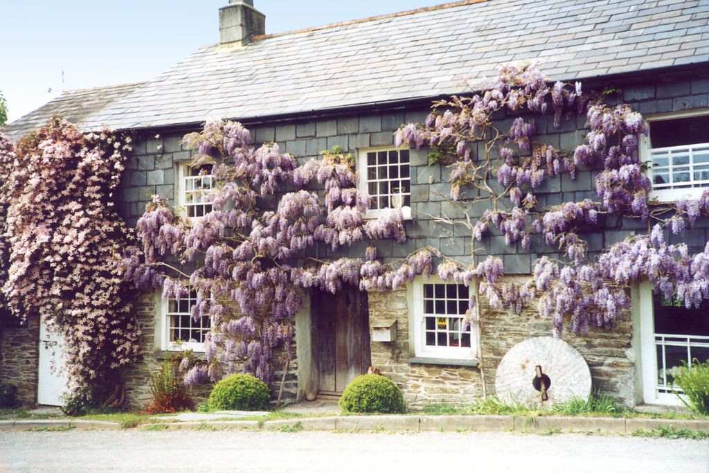 The Corn Mill Cornwall traditional country cottage