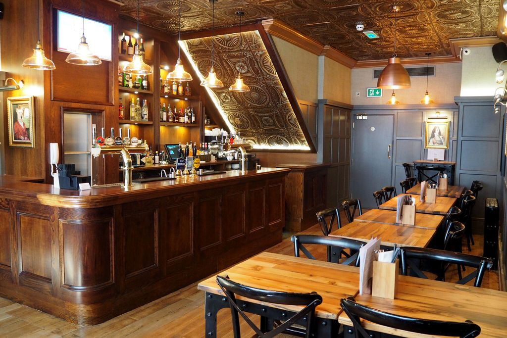 The Grafton Arms Pub & Rooms gallery - Gallery