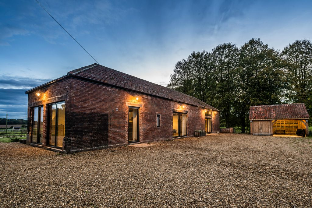 Old Hall Farm Barn Self Catering In Norfolk Sawday S