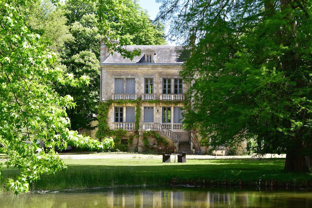 Charming Manoir de Plaisance in the middle of the 12 acres of ground