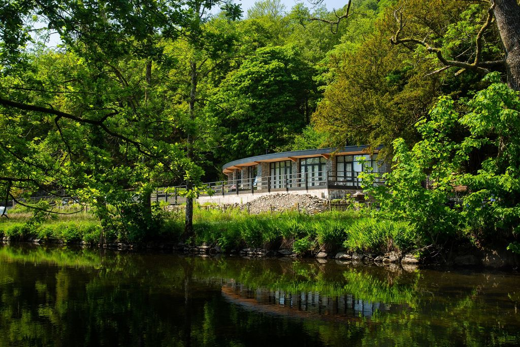Rivers Edge, Riverside Terrace in the beautiful Lake District National Park