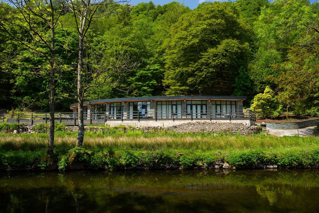 Waterside, Riverside Terrace in the beautiful Lake District National Park