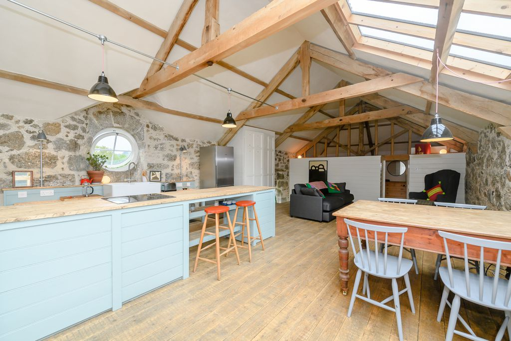 Uphill Coach House - Gallery