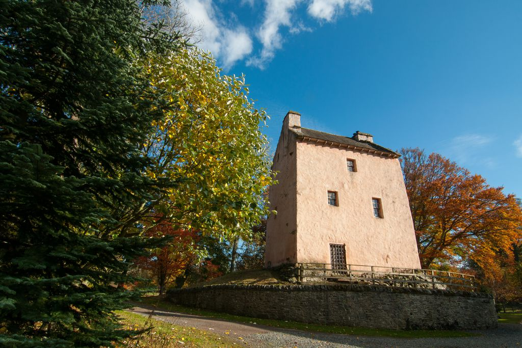 Barns Tower - Gallery