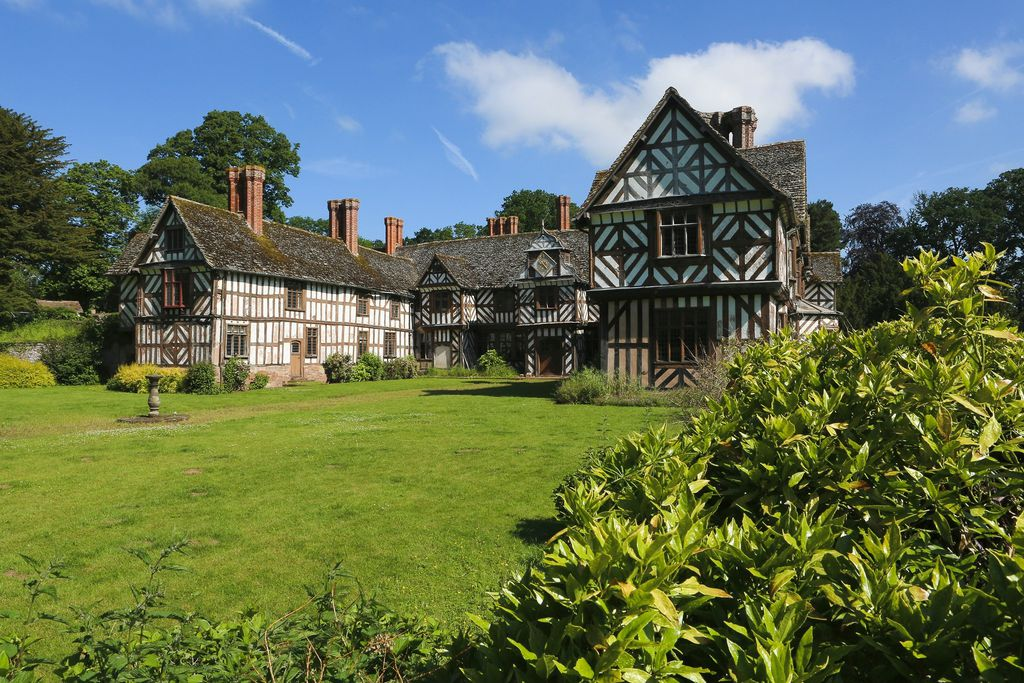 Generals' Quarters, Pitchford Hall - Gallery