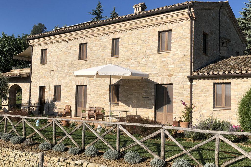 Villa in the Vineyard gallery - Gallery