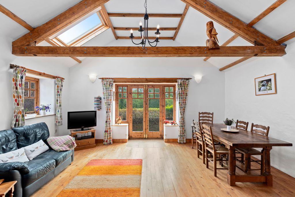 Old Oak Barn - Gallery