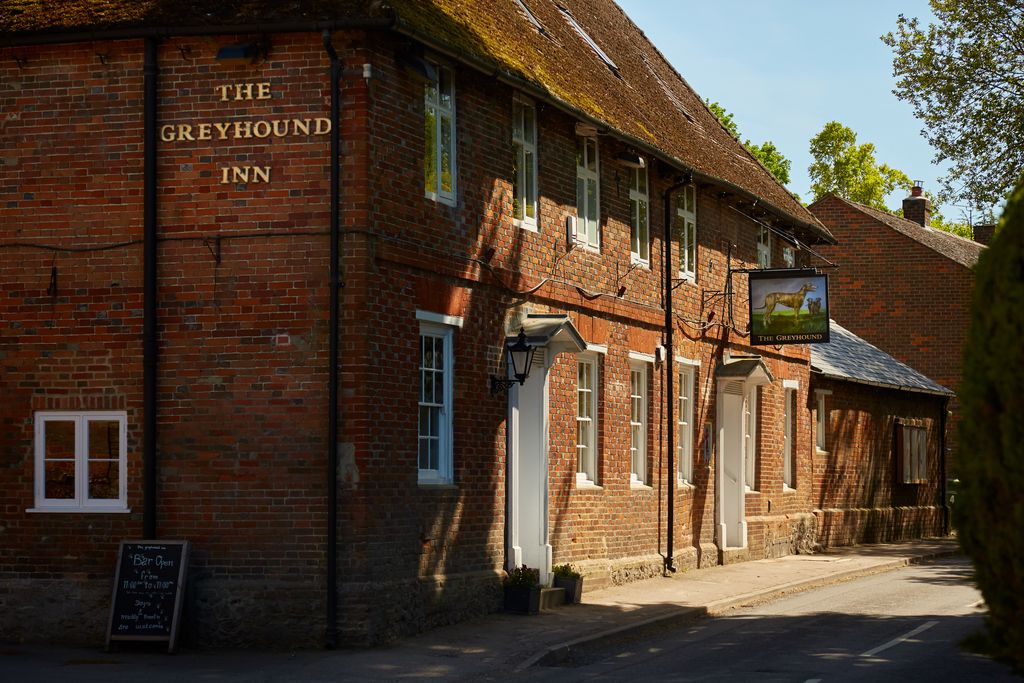 The Greyhound Inn - Gallery
