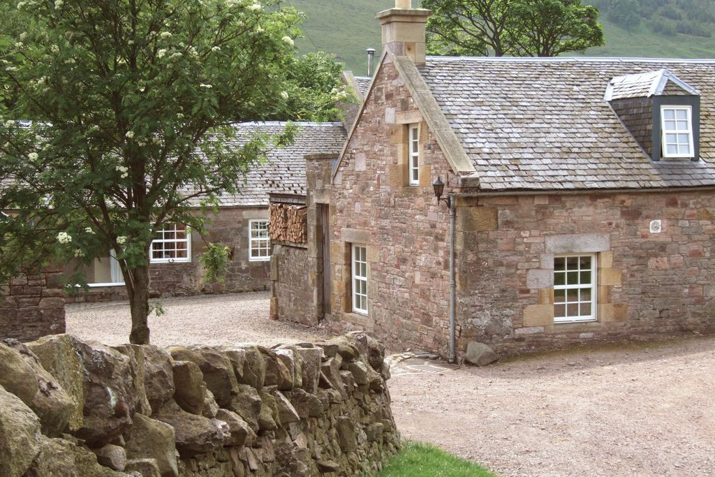 Byre Cottage - Gallery