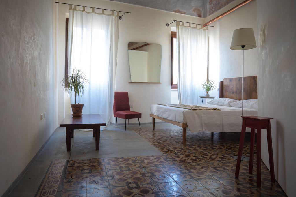 Piazza San Pantaleo gallery - Gallery