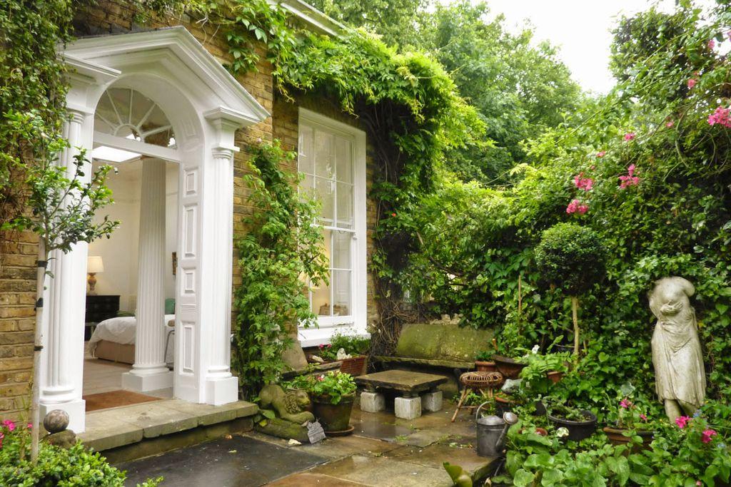 Islington Garden Folly - Gallery
