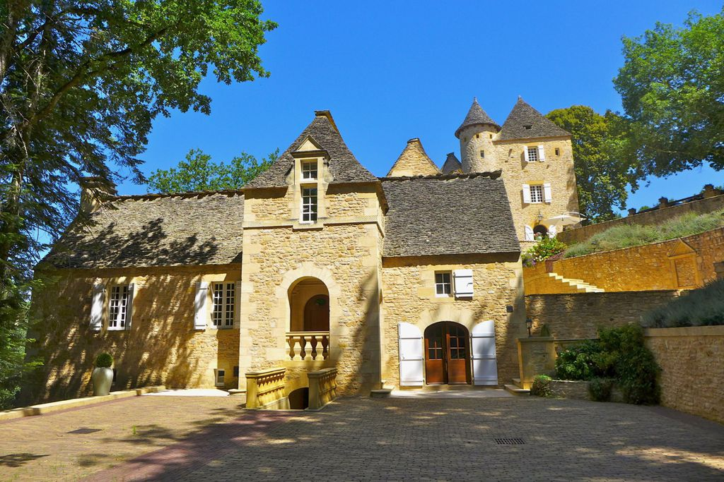 Château La Carrière - Gallery