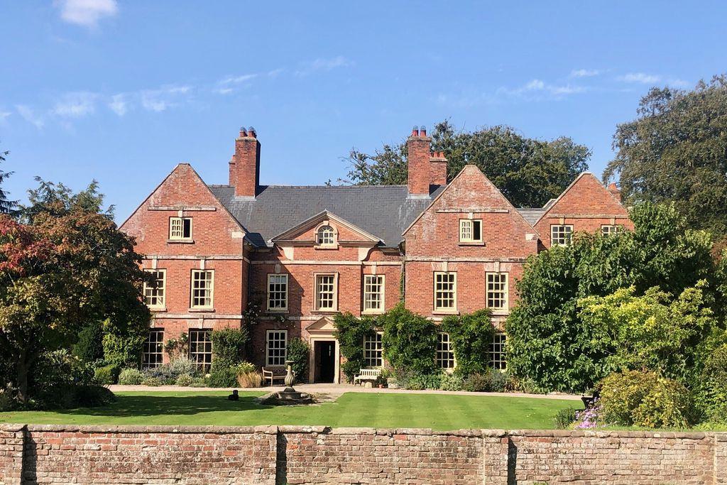 Whitton Hall - Gallery