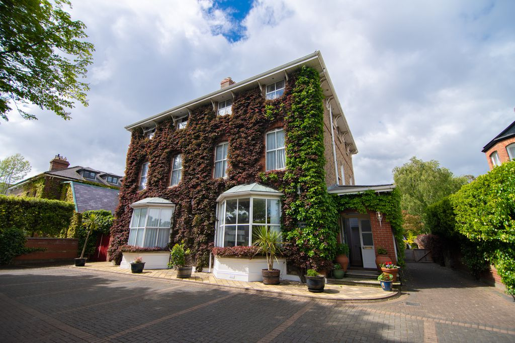 Aberdeen Lodge - Gallery