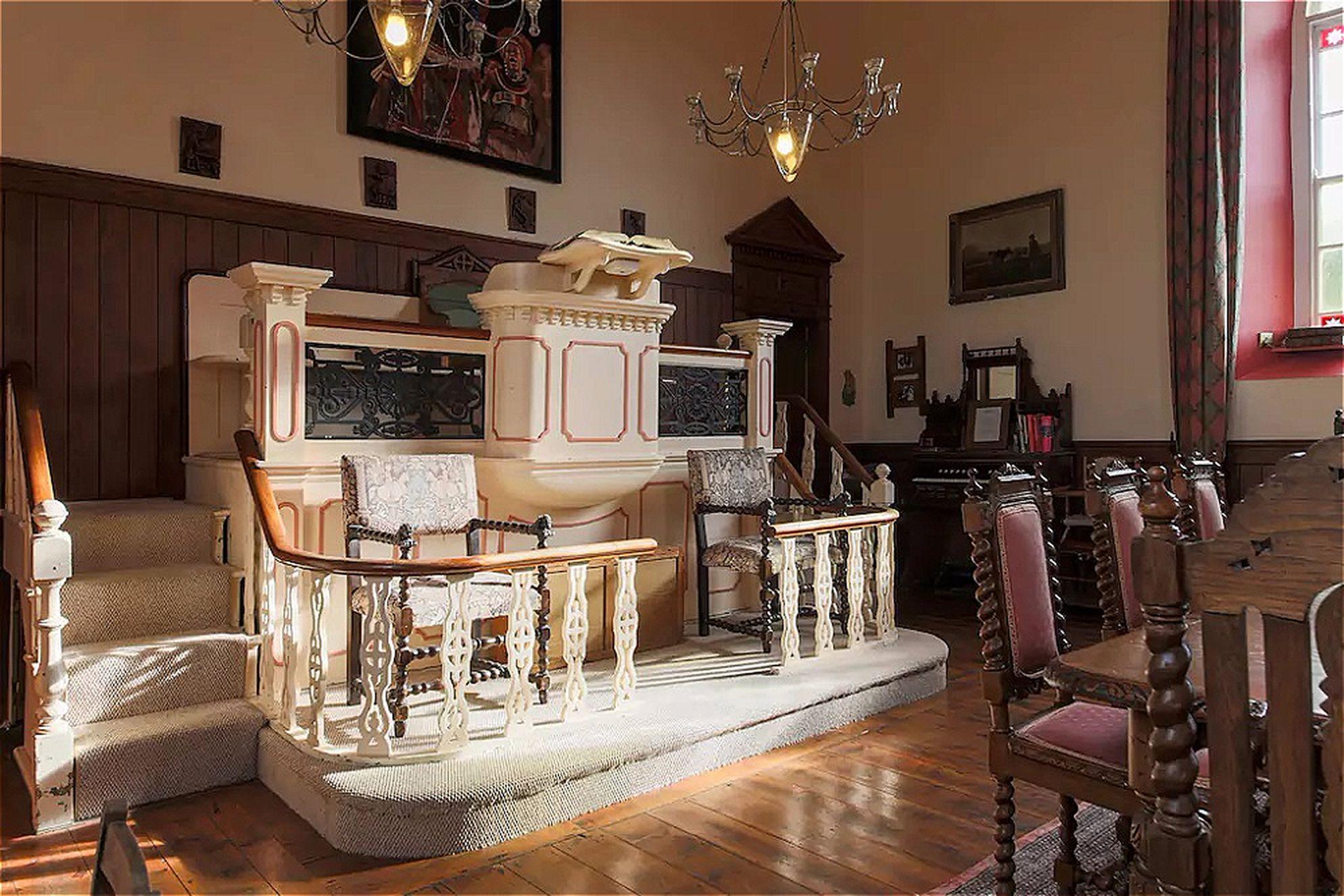 Original pulpit still in situ