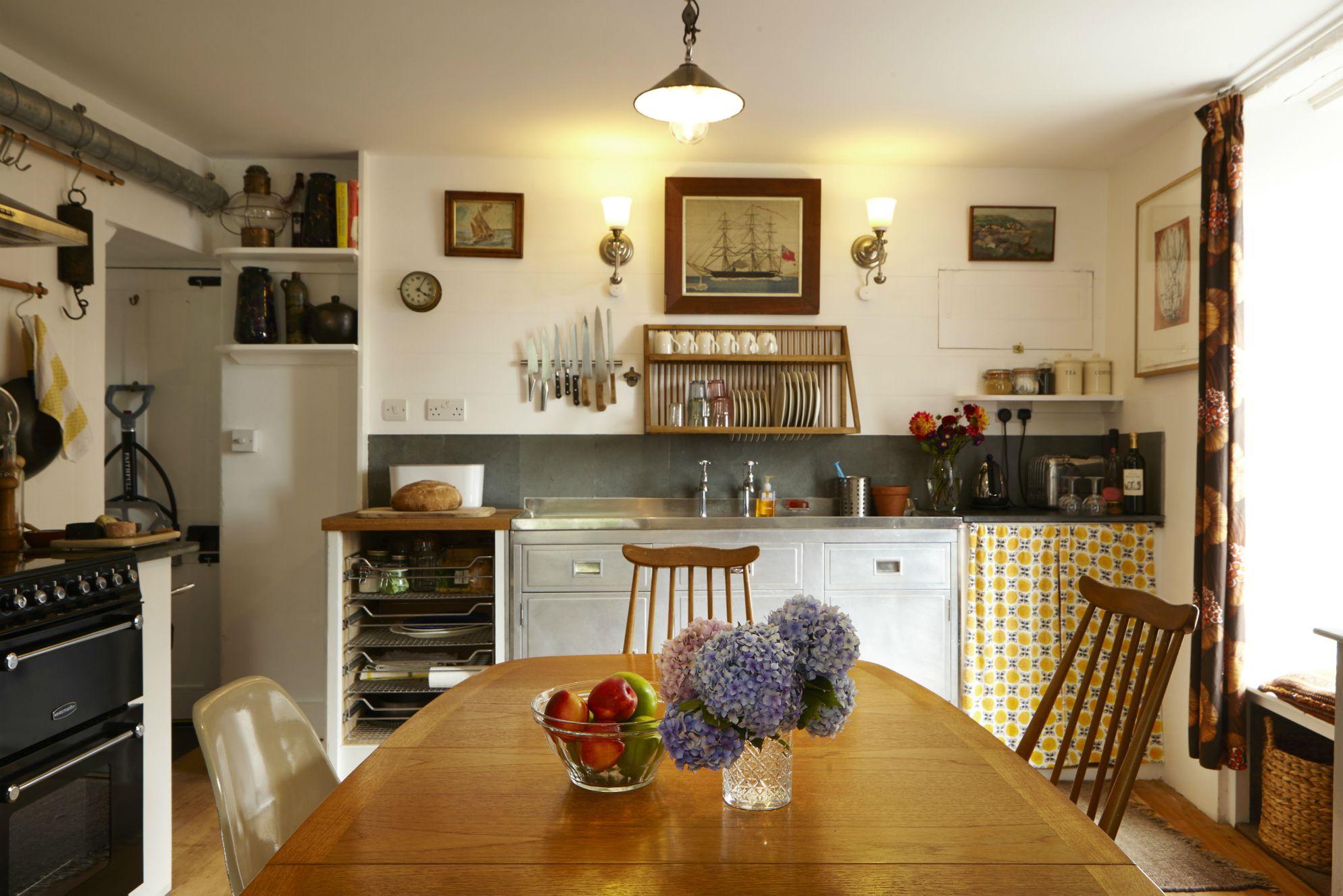 Janie's Cottage - Gallery
