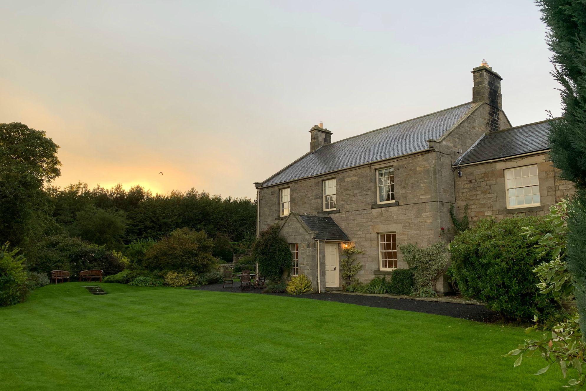 Rural House Retreat - Gallery