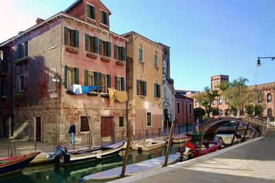 View our places to stay in Italy